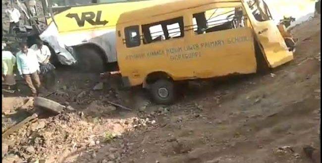 DRIVER KILLED, SEVERAL PASSENGERS INJURED AFTER VRL BUS COLLIDES
