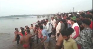 HUBBALLI'S 4 YOUTHS DROWNED IN DEVARGUDIHAL LAKE